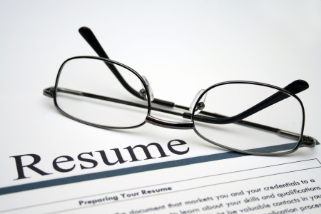 resume tips for experienced professionals and new grads